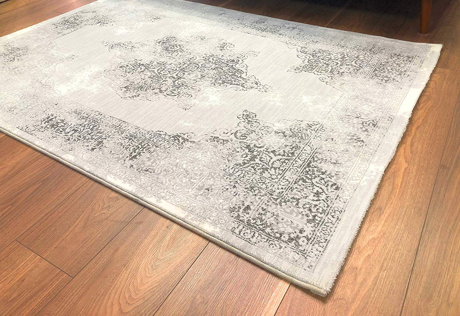 Vintage Tradtional Rug Silver