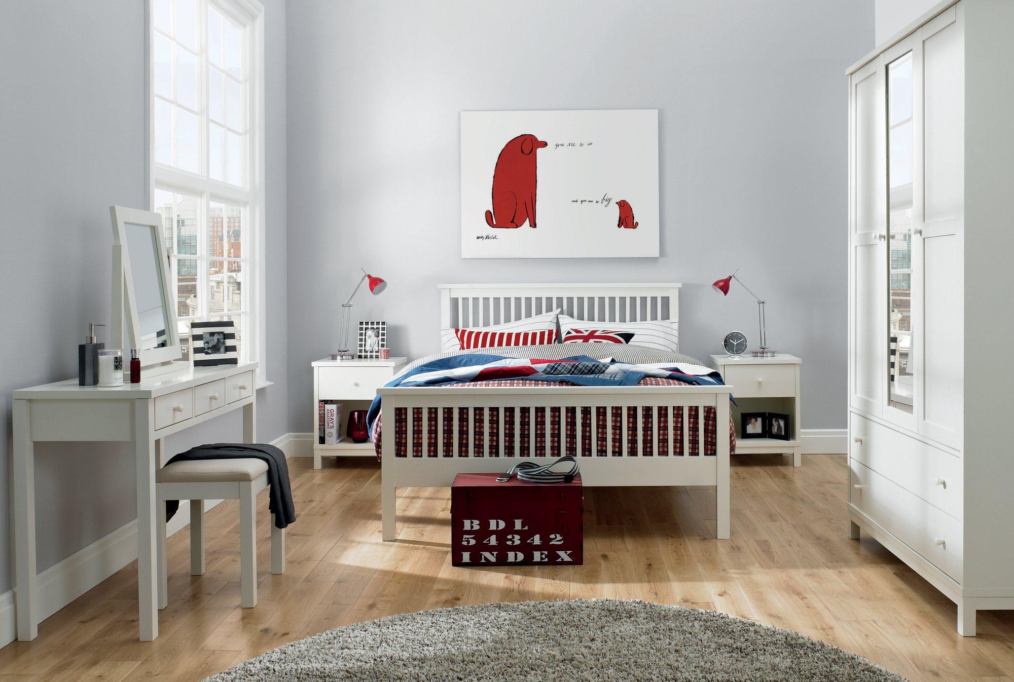BENTLEY DESIGNS ATLANTA WHITE TRIPLE WARDROBE Lifestyle